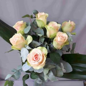 Bouquet de 7 roses roses